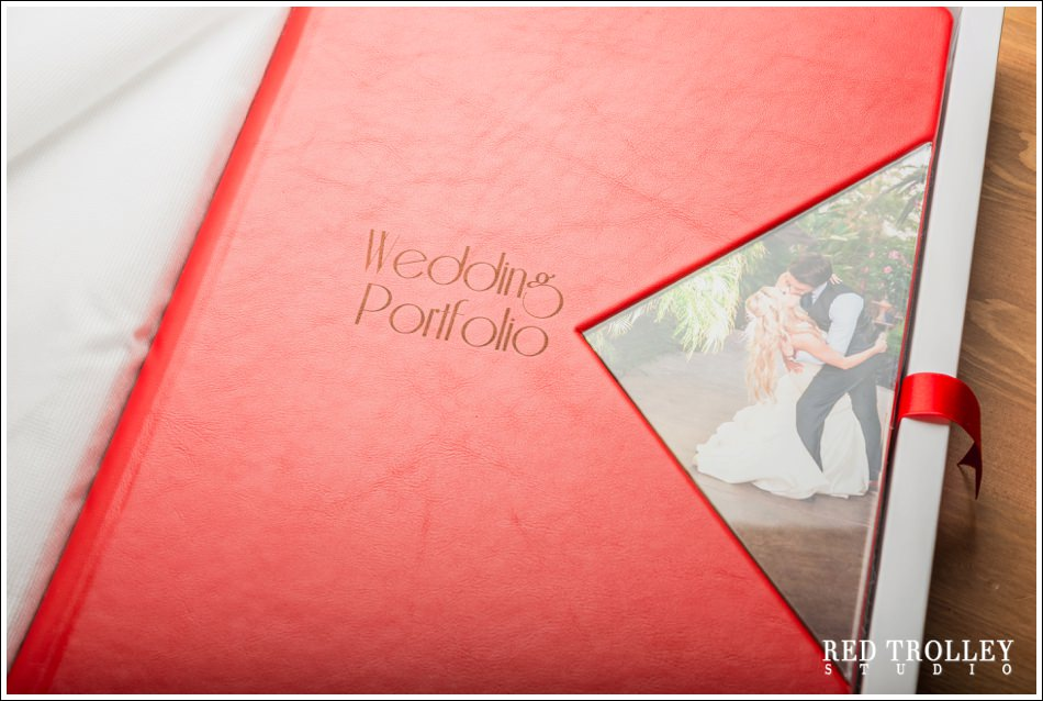 Red Trolley Studio Wedding Albums (49 of 31)