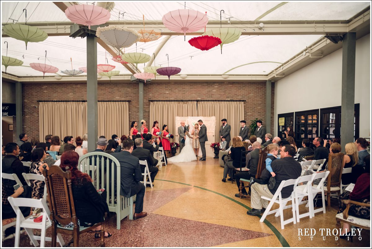50s style wedding in the lafayette hotel san diego jo and chris wedding photography at lafayette hotel san diego 62 of junglespirit Image collections